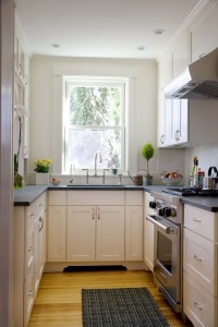 How-to-Make-a-Small-Kitchen-Look-Larger
