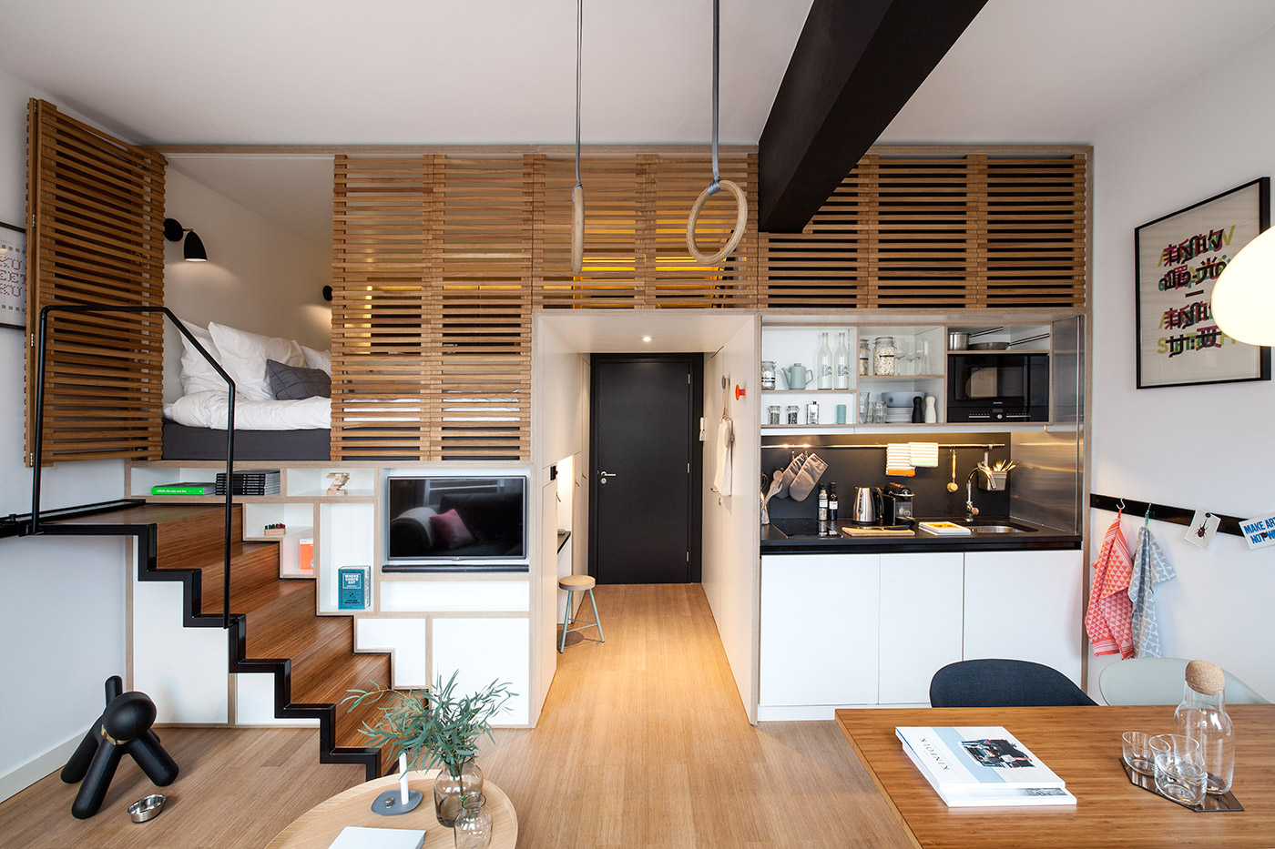 8 Ways to live in a small house